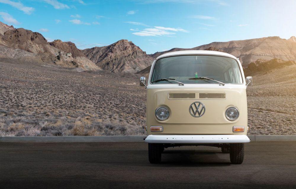 Un Volkswagen Type 2 din 1972 a fost transformat în vehicul electric: motor de 136 de cai putere și autonomie de 200 de kilometri - Poza 7