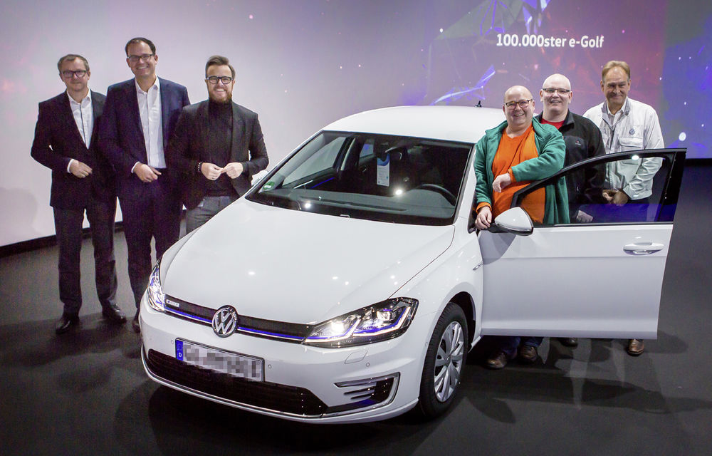 Volkswagen e-Golf a atins pragul de 100.000 de unități vândute: performanța, la 5 ani de la debutul producției - Poza 1