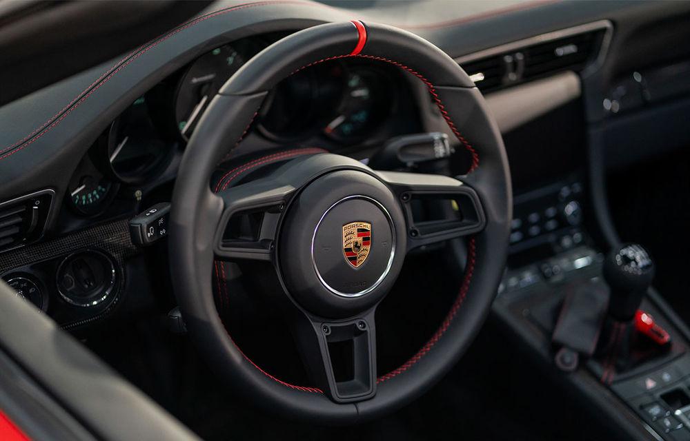 Țiriac Collection s-a îmbogățit cu două exemplare ale ediției limitate Porsche 911 Speedster - Poza 5