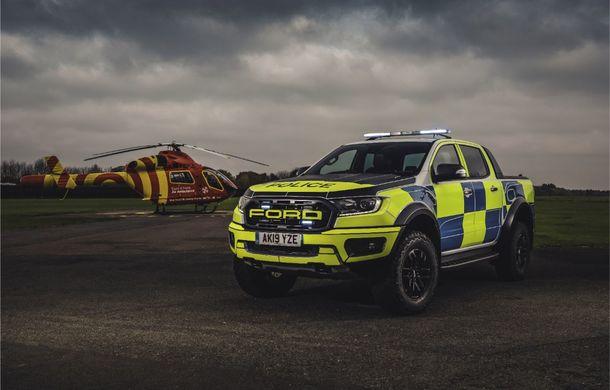 Pentru urmăriri în off-road: pick-up-ul sport Ford Ranger Raptor intră în flota poliției din Marea Britanie - Poza 4