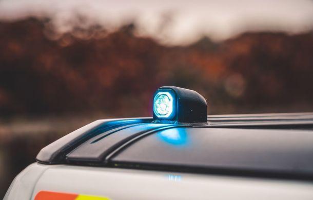 Pentru urmăriri în off-road: pick-up-ul sport Ford Ranger Raptor intră în flota poliției din Marea Britanie - Poza 15