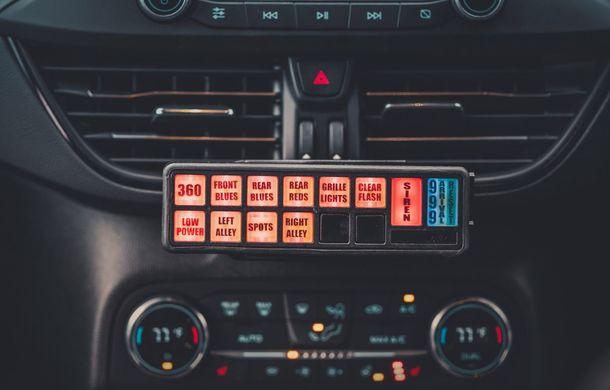 Pentru urmăriri în off-road: pick-up-ul sport Ford Ranger Raptor intră în flota poliției din Marea Britanie - Poza 14