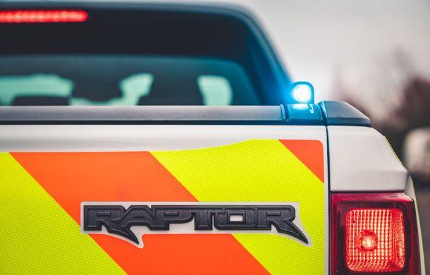 Pentru urmăriri în off-road: pick-up-ul sport Ford Ranger Raptor intră în flota poliției din Marea Britanie - Poza 10