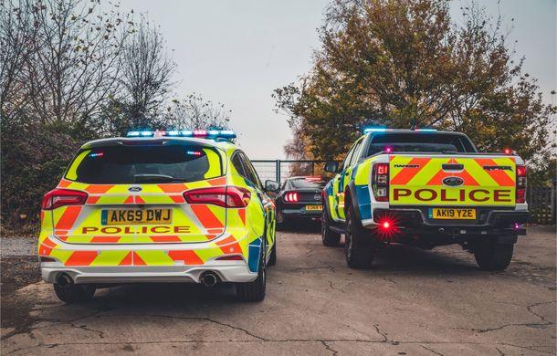 Pentru urmăriri în off-road: pick-up-ul sport Ford Ranger Raptor intră în flota poliției din Marea Britanie - Poza 20