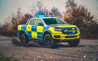 Pentru urmăriri în off-road: pick-up-ul sport Ford Ranger Raptor intră în flota poliției din Marea Britanie