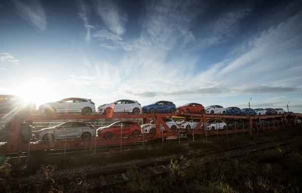 Ford a început să exporte SUV-ul Puma produs la Craiova: primele 300 de unități vor ajunge cu trenul în Olanda - Poza 5