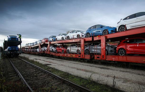 Ford a început să exporte SUV-ul Puma produs la Craiova: primele 300 de unități vor ajunge cu trenul în Olanda - Poza 4