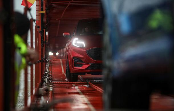 Ford a început să exporte SUV-ul Puma produs la Craiova: primele 300 de unități vor ajunge cu trenul în Olanda - Poza 3