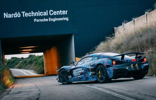 Hypercar-ul electric Rimac C_Two, testat la Centrul Tehnic Nardo deținut de Porsche: versiunea de serie va fi prezentată în martie - Poza 1
