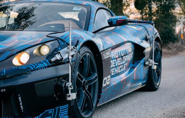 Hypercar-ul electric Rimac C_Two, testat la Centrul Tehnic Nardo deținut de Porsche: versiunea de serie va fi prezentată în martie - Poza 3