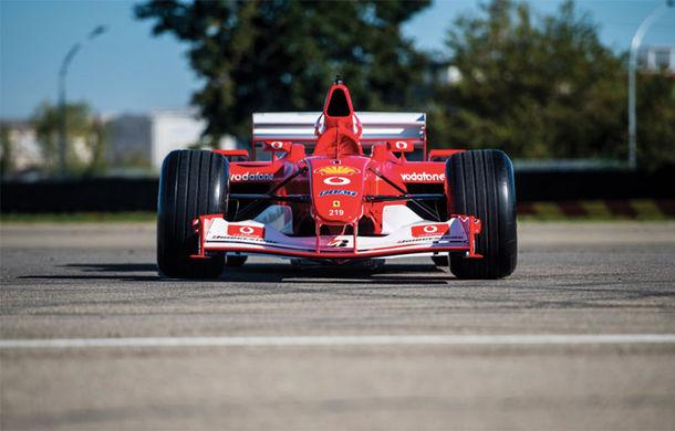 Monopostul Ferrari pilotat de Michael Schumacher în sezonul din 2002 a fost vândut la licitație: suma încasată trece de 6.6 milioane de dolari - Poza 2