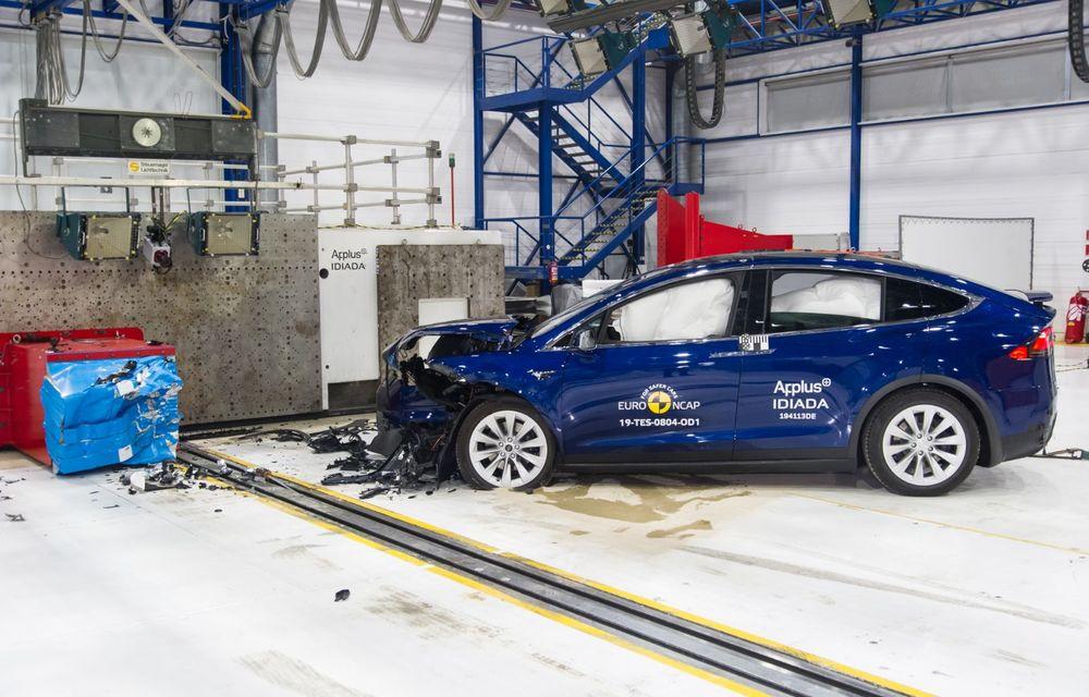 Euro NCAP: 12 modele testate în cea mai nouă sesiune. 5 stele pentru Octavia, Captur, Kuga, Taycan și Model X, 4 stele pentru Peugeot 2008 - Poza 2