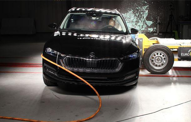 Euro NCAP: 12 modele testate în cea mai nouă sesiune. 5 stele pentru Octavia, Captur, Kuga, Taycan și Model X, 4 stele pentru Peugeot 2008 - Poza 12