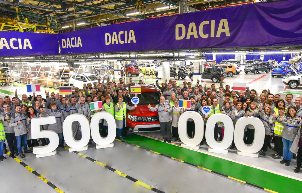 Motive de sărbătoare la Mioveni: actuala generație Dacia Duster a atins pragul de 500.000 de unități produse - Poza 1