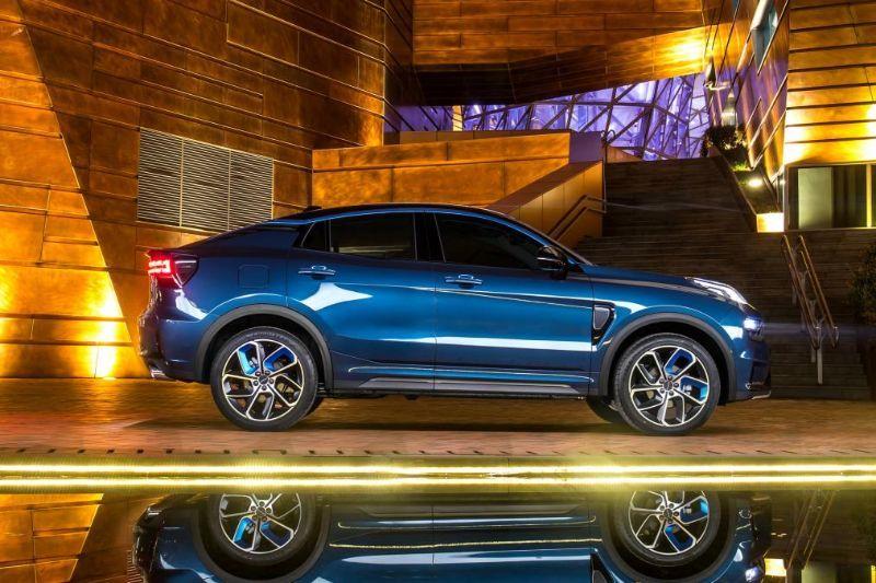 Chinezii de la Lynk&Co au prezentat noul 05: SUV-ul coupe va avea și versiune plug-in hybrid - Poza 7