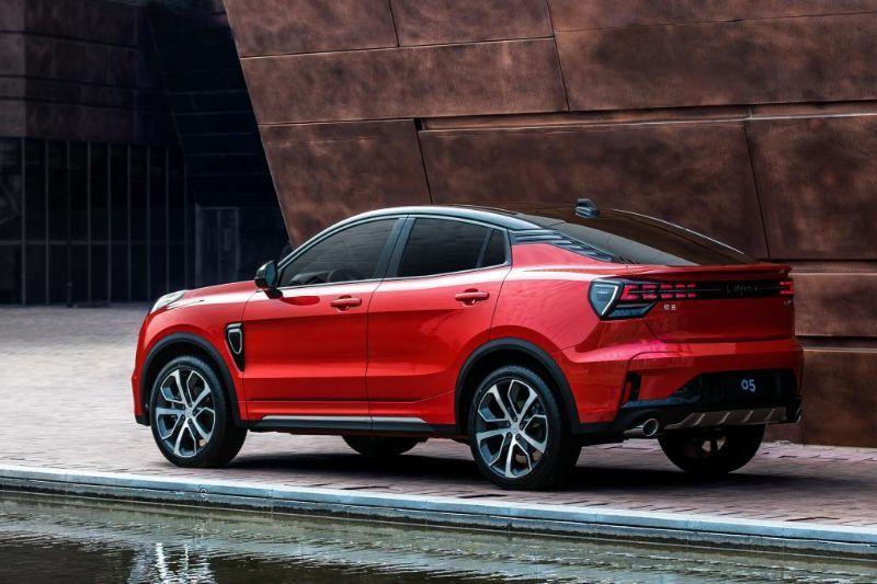 Chinezii de la Lynk&Co au prezentat noul 05: SUV-ul coupe va avea și versiune plug-in hybrid - Poza 10