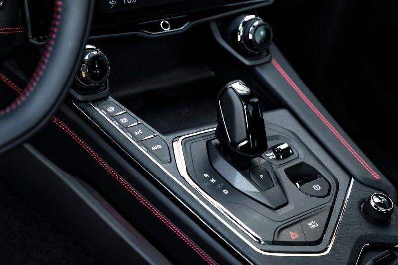 Chinezii de la Lynk&Co au prezentat noul 05: SUV-ul coupe va avea și versiune plug-in hybrid - Poza 16