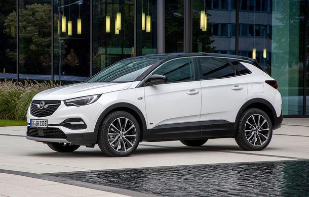 Opel introduce o nouă versiune plug-in hybrid în gama Grandland X: SUV-ul dezvoltă 224 CP și promite o autonomie electrică de până la 57 de kilometri - Poza 1