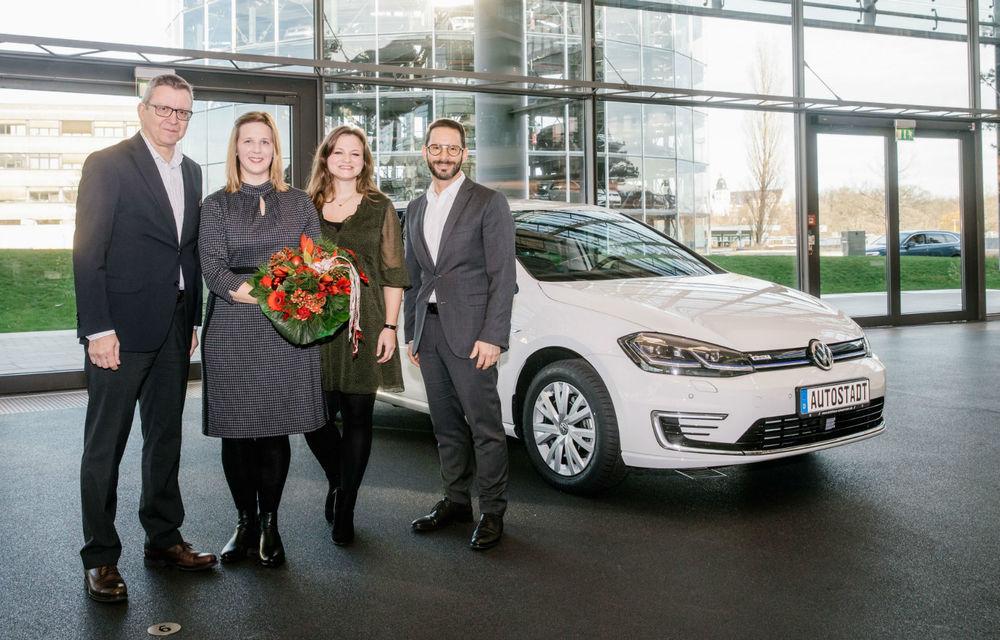 Volkswagen a livrat peste 250.000 de mașini electrice și hibride: cel mai căutat model este e-Golf - Poza 1