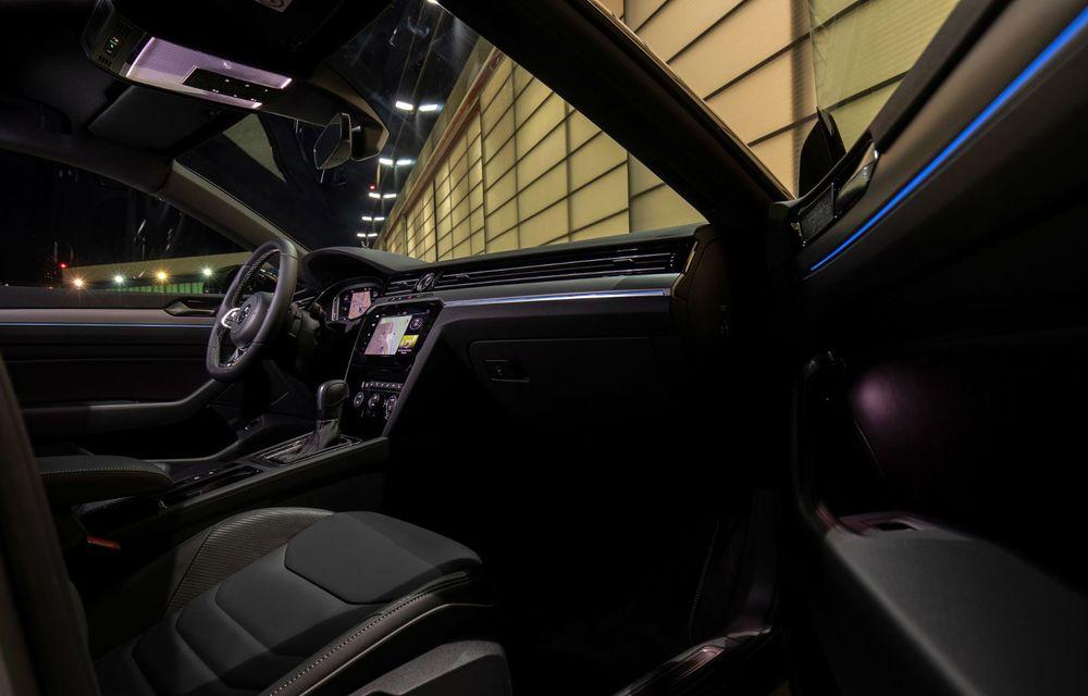 Volkswagen lansează Arteon R-Line Edition: modelul propune elemente speciale de caroserie și echipamente suplimentare pentru interior - Poza 17