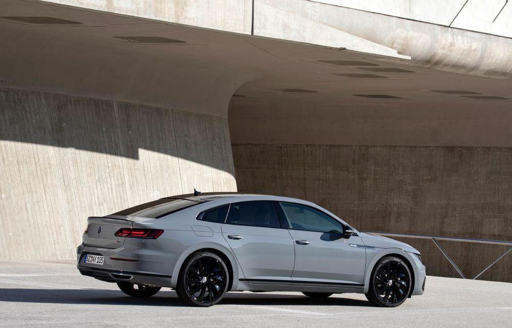 Volkswagen lansează Arteon R-Line Edition: modelul propune elemente speciale de caroserie și echipamente suplimentare pentru interior - Poza 15
