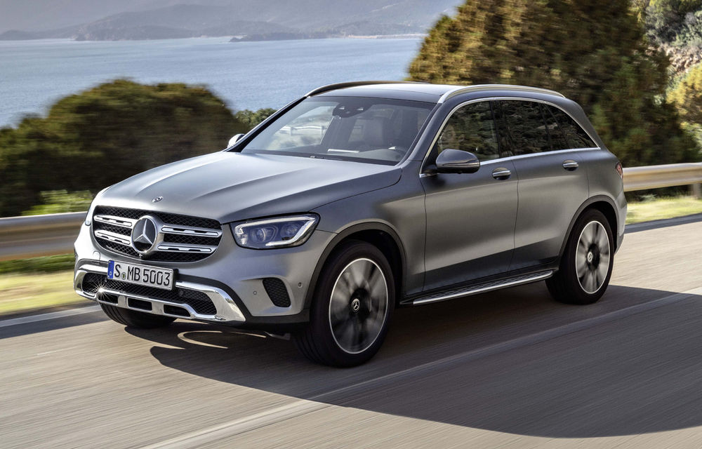 Mercedes-Benz a rămas cel mai mare constructor auto premium și în 2019: germanii au învins BMW cu aproape 200.000 de unități - Poza 1