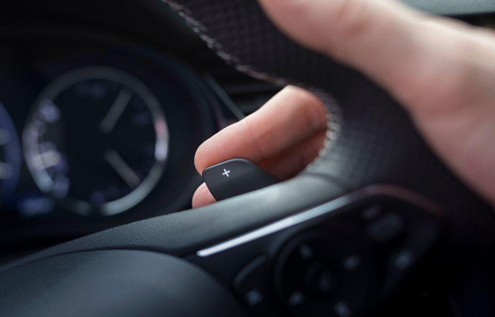 Opel Insignia facelift a fost prezentat la Bruxelles: motorizări diesel și benzină cu puteri cuprinse între 122 și 200 CP. Versiunea GSi propune 230 CP și cutie automată cu 9 trepte - Poza 15