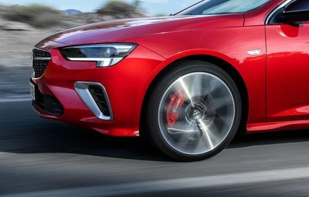 Opel Insignia facelift a fost prezentat la Bruxelles: motorizări diesel și benzină cu puteri cuprinse între 122 și 200 CP. Versiunea GSi propune 230 CP și cutie automată cu 9 trepte - Poza 8