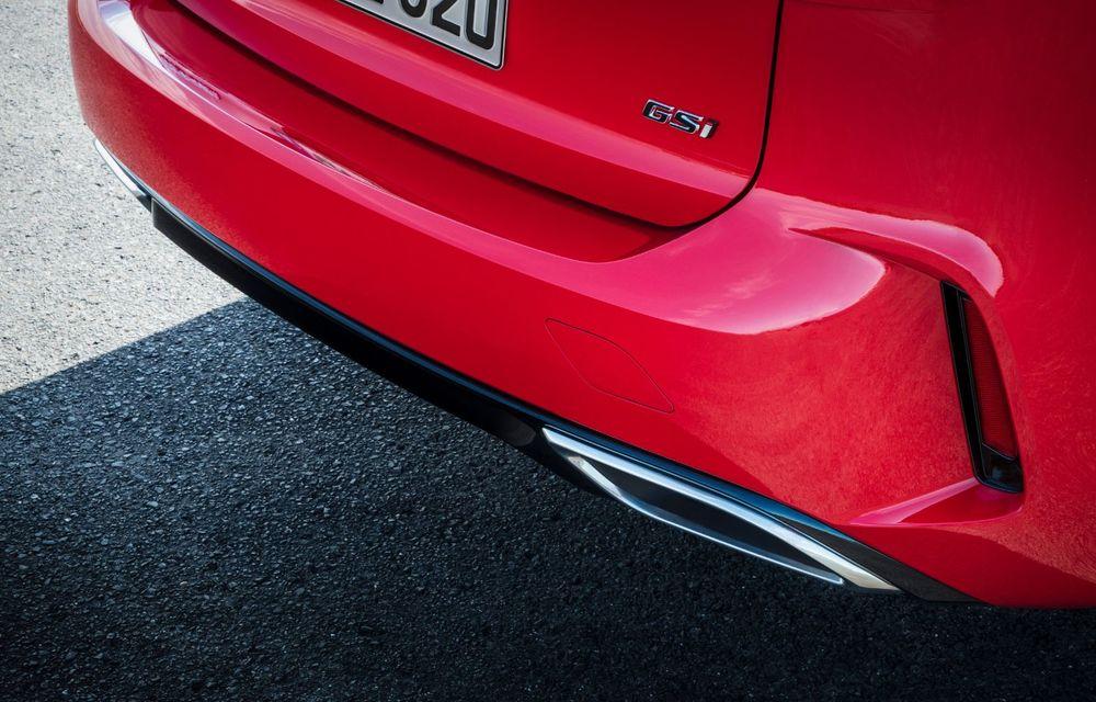 Opel Insignia facelift a fost prezentat la Bruxelles: motorizări diesel și benzină cu puteri cuprinse între 122 și 200 CP. Versiunea GSi propune 230 CP și cutie automată cu 9 trepte - Poza 10