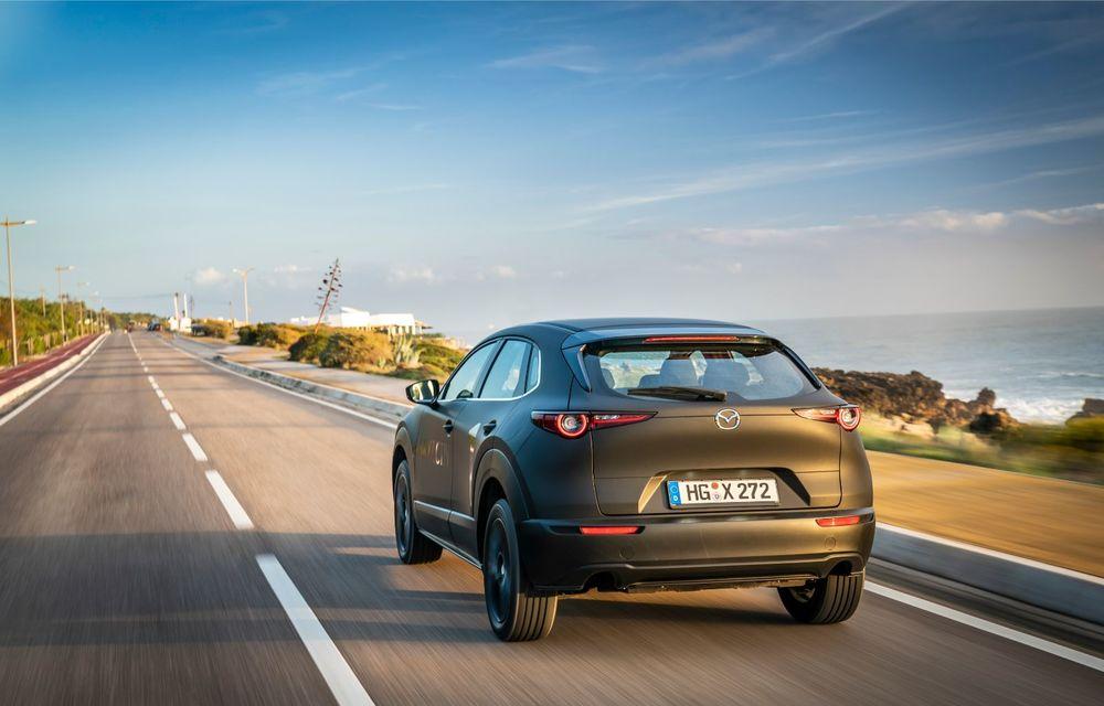Mazda MX-30 sub lupă: am condus prototipul primului model electric Mazda - Poza 16