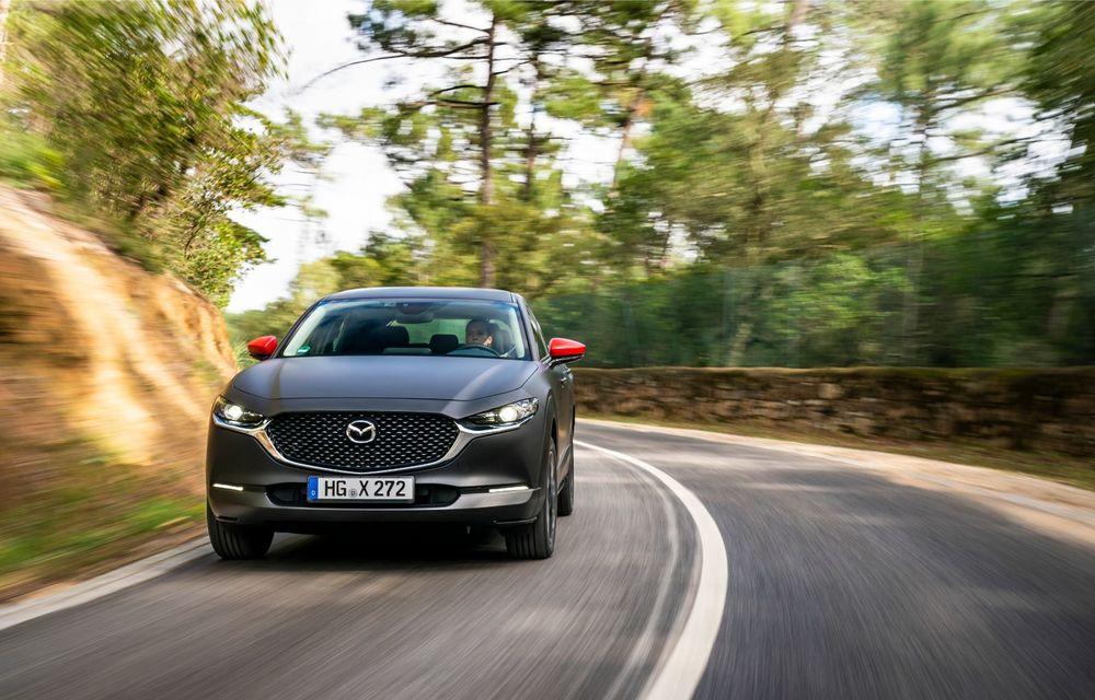 Mazda MX-30 sub lupă: am condus prototipul primului model electric Mazda - Poza 4
