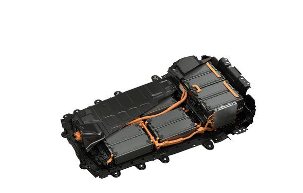 Mazda MX-30 sub lupă: am condus prototipul primului model electric Mazda - Poza 29