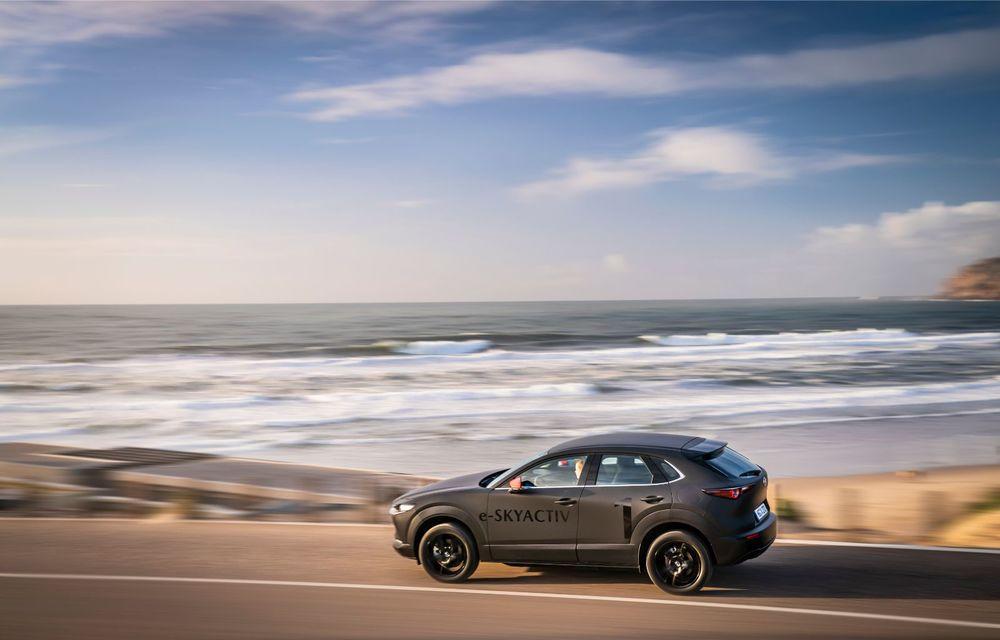 Mazda MX-30 sub lupă: am condus prototipul primului model electric Mazda - Poza 15