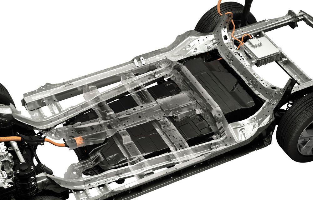 Mazda MX-30 sub lupă: am condus prototipul primului model electric Mazda - Poza 28