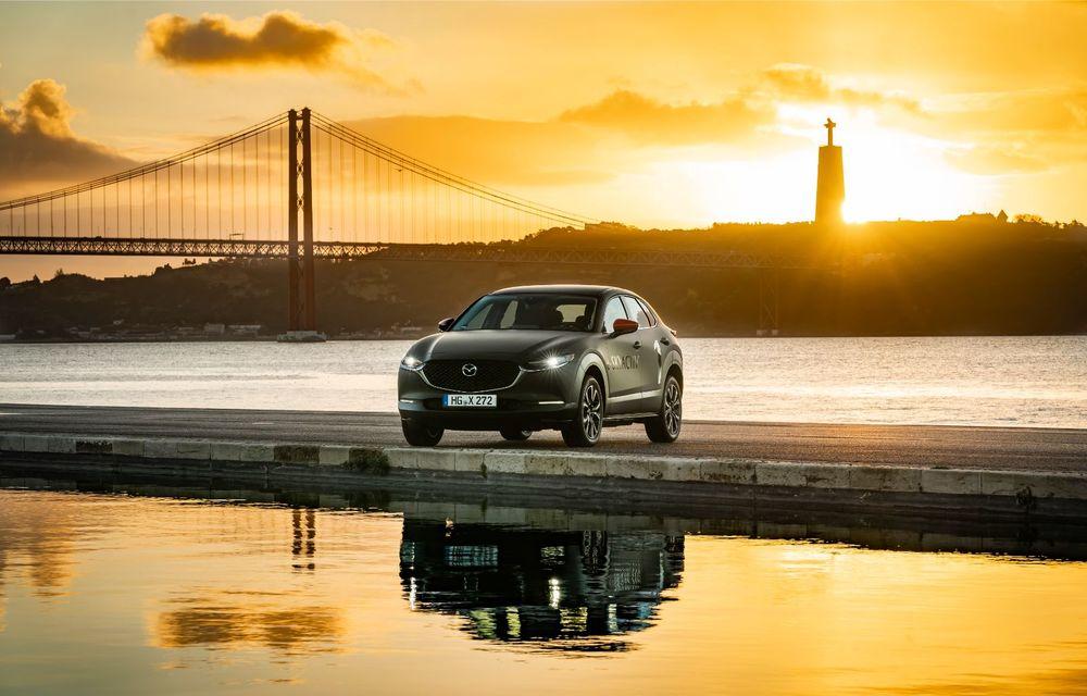 Mazda MX-30 sub lupă: am condus prototipul primului model electric Mazda - Poza 23