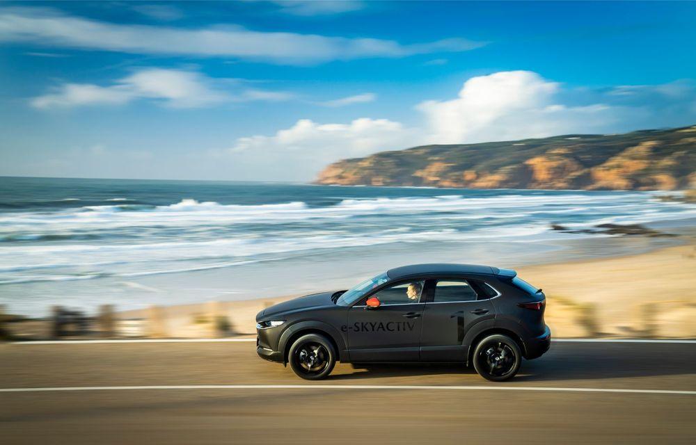 Mazda MX-30 sub lupă: am condus prototipul primului model electric Mazda - Poza 14