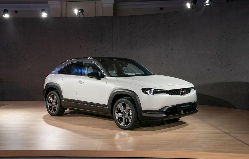 Mazda MX-30 sub lupă: am condus prototipul primului model electric Mazda - Poza 38
