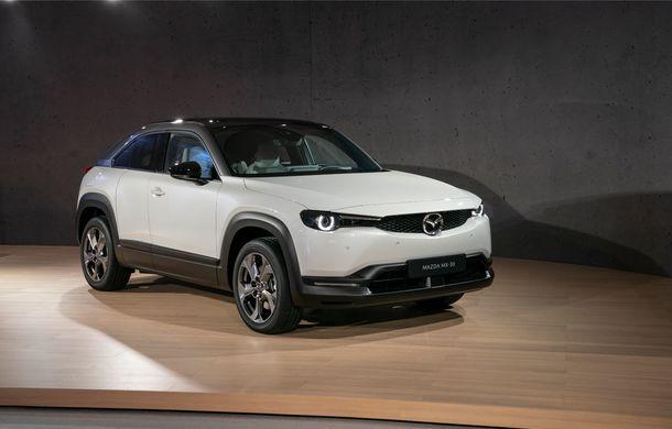 Mazda MX-30 sub lupă: am condus prototipul primului model electric Mazda - Poza 39