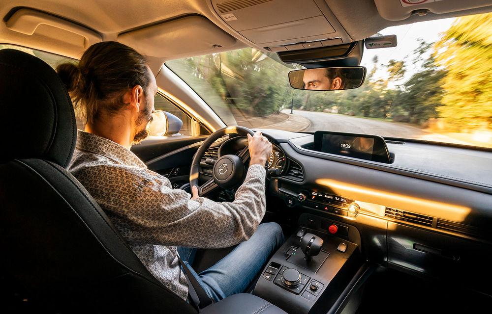 Mazda MX-30 sub lupă: am condus prototipul primului model electric Mazda - Poza 34