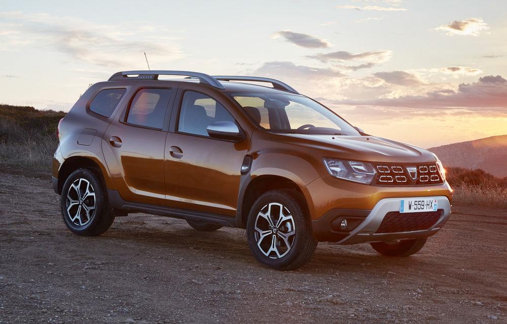 România a produs 490.000 de mașini în 2019, în creștere cu 3%: Dacia a realizat 350.000 de unități, iar Ford 140.000 de unități - Poza 1