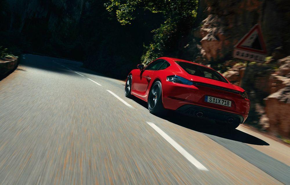 Porsche introduce noile 718 Cayman GTS 4.0 și 718 Boxster GTS 4.0: motor boxer cu șase cilindri și 400 CP - Poza 3