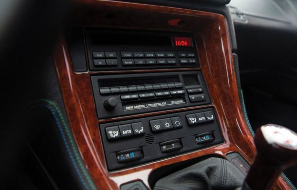 Un exemplar Alpina B12 5.7 Coupe va fi scos la licitație: prețul estimat de specialiști trece de 300.000 de euro - Poza 12