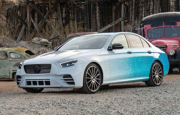 Primele imagini și detalii referitoare la Mercedes-Benz Clasa E facelift: versiuni mild-hybrid și plug-in hybrid, interior îmbunătățit și tehnologii de conducere semi-autonomă - Poza 14
