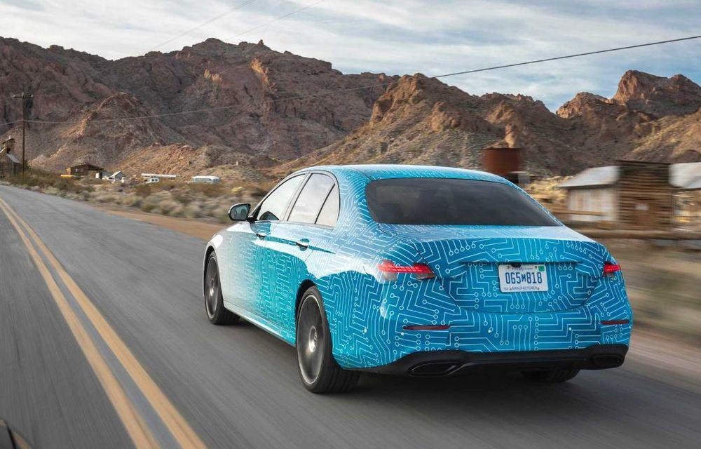 Primele imagini și detalii referitoare la Mercedes-Benz Clasa E facelift: versiuni mild-hybrid și plug-in hybrid, interior îmbunătățit și tehnologii de conducere semi-autonomă - Poza 13