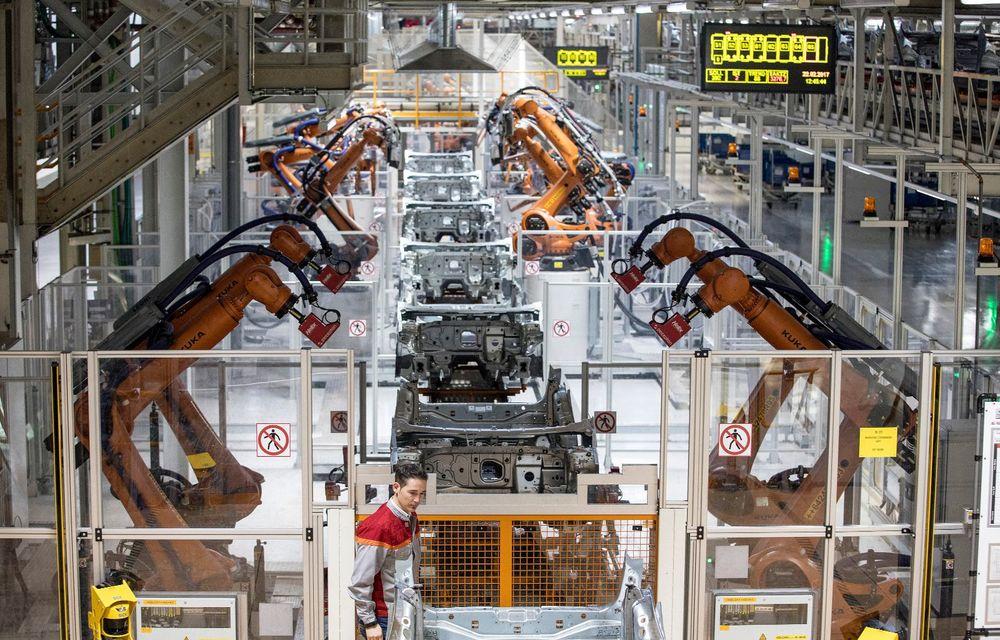 Seat a produs 500.000 de mașini la uzina din Martorell în 2019: începând cu 2020, fabrica va asambla Cupra Formentor și noua generație Leon - Poza 2