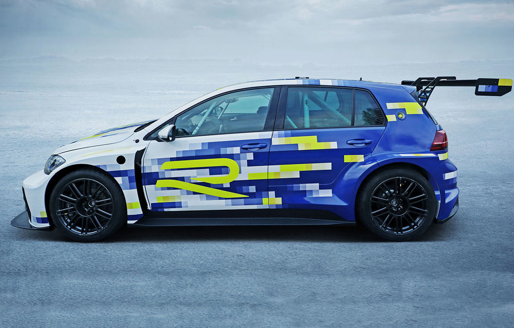 Volkswagen a prezentat prototipul Golf eR1: două motoare electrice și tehnologie preluată de pe conceptul ID R - Poza 1