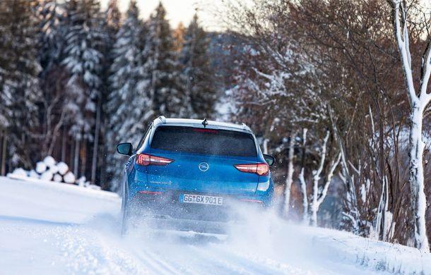 Opel Grandland X Hybrid poate fi comandat în România: SUV-ul plug-in hybrid pleacă de la aproape 35.800 de euro - Poza 13