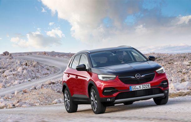 Opel Grandland X Hybrid poate fi comandat în România: SUV-ul plug-in hybrid pleacă de la aproape 35.800 de euro - Poza 2