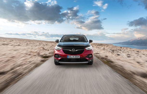 Opel Grandland X Hybrid poate fi comandat în România: SUV-ul plug-in hybrid pleacă de la aproape 35.800 de euro - Poza 4