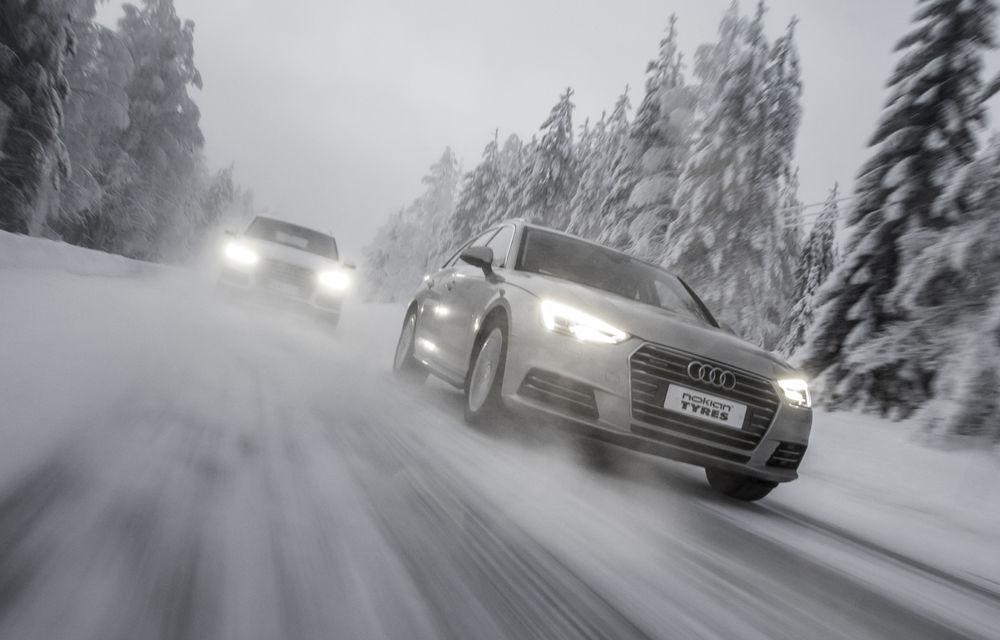 Studiu despre riscurile de a conduce pe timp de iarnă: șoferii se tem cel mai mult de viteză, drumuri înghețate și distanța față de mașina din față - Poza 1